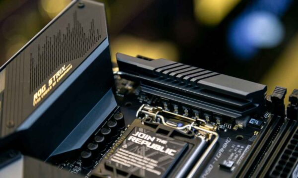 Mainboard ASUS ROG STRIX Z490-I GAMING